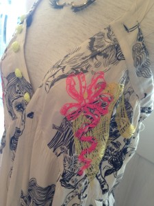 かつらマキシ刺繍2