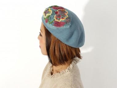 帽子通販専門店shappo online  CA4LA(カシラ)平面の花の変化 ベレー 着用2