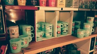 広島 ファイヤーキング風 プラスティックマグカップ 雑貨