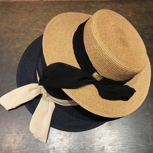 バラ色の帽子