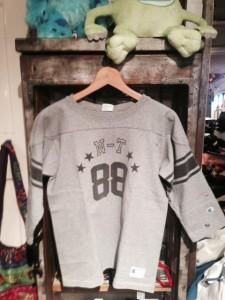 広島フットボールシャツ3