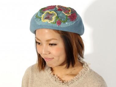 帽子通販専門店shappo online  CA4LA(カシラ)平面の花の変化 ベレー 着用